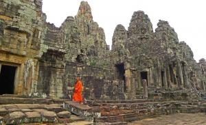 Full Day Angkor Wat Tour With Lunch / English Speaking Guide Packages